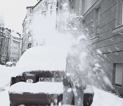 snowATTACK!!! (mojita) Tags: street city winter boy white snow cold munich münchen attack freezing bodylanguage snowball throwing snowfight haimhauserstraße
