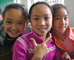 school children (yewenyi) Tags: china trip school vacation holiday children asia schoolchildren   guangxi eastasia   zhnggu   gungx kuanghsi kwangsi guangxizhuangautonomousregion gvangjsih gvasi gvangjsihbouxcuenghswcigih gvasiboucuescigi gungxzhungzzzhq adayspentteachingenglish