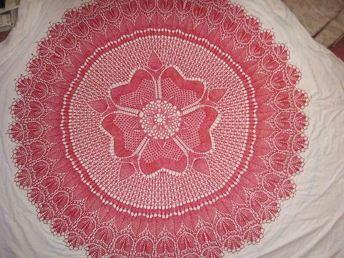 Rose of England shawl pinned out