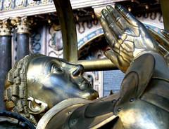 Beauchamp (flambard) Tags: uk england art bronze tomb medieval earl warwick noble beauchamp