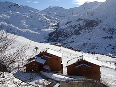Snowboarding - Les Menuires 119 (Groodles) Tags: mountain snow skilift lesmenuires