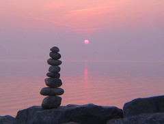 Sunset and Pebblebalancing (Heiko Brinkmann) Tags: sunset sculpture nature water 1025fav 510fav germany landscape ilovenature deutschland stones tranquility pebbles zen balance bodensee balancing rockbalancing lakeconstance langenargen pebblebalancing lonelyobject 1on1photooftheday malereck colorphotoaward 1on1photoofthedaymar2007 1on1podmention31707