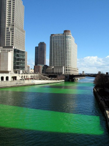The Dye-ing of the Chicago River 7