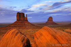 Monumental Scenery (James Neeley) Tags: sunset monument landscape bravo flickr searchthebest valley monumentvalley hdr mittens naturesfinest supershot 5xp flickrsbest specland abigfave anawesomeshot colorphotoaward diamondclassphotographer flickrdiamond jamesneeley