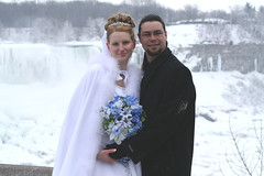 Winter wedding (djp3000) Tags: flowers chris wedding snow ontario canada cold ice niagarafalls christina freezing bouquet americanfalls stepson