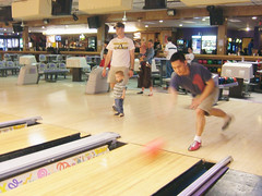 Euge bowling