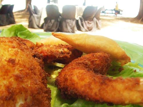 Prawn & Squid Fritters, Veggie Samosas