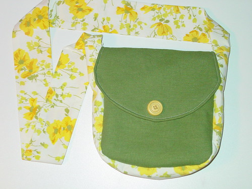 Poppy Fields Amber Joy Messenger Bag