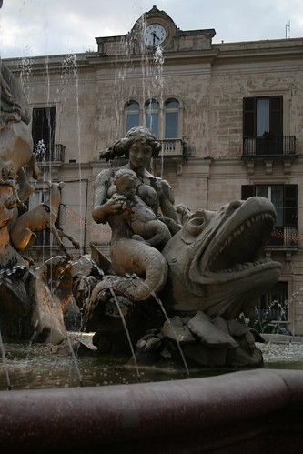Fountain Detail, Piazza Archimede, Siracusa