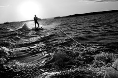 Waterskier (s U o) Tags: summer white black sports waterskiing superhearts