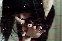 "Suona per me ancora ""   ' (Violator3) Tags: red selfportrait colour topf25 1025fav hair drops play hand skin nikond70s womenonly violator3 conceptual nocrop 50mmf14 2007 sonofnoise sucheneineloesung suonapermeancora"