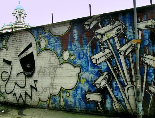 Ubiquitous surveillance. (Foto: r1chardm / Richard)