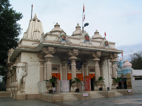 Bhagavan Nityananda's Samadhi Shrine at Ganeshpuri