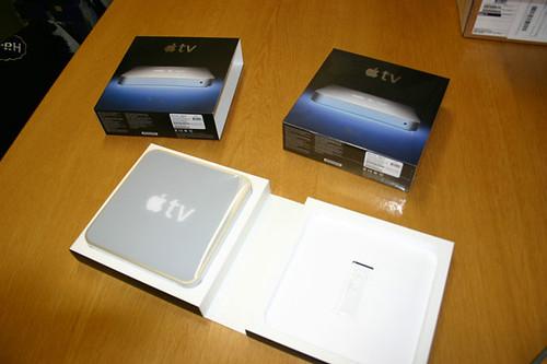 apple tv unpacking photos