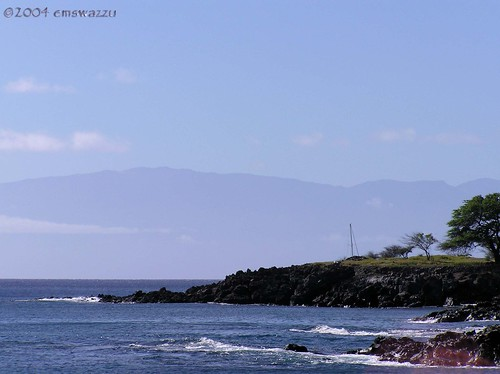 North Kohala Coast with Maui in background, photo by Elisa Sherman 2004