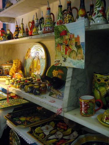 Ceramics for sale in Manarola