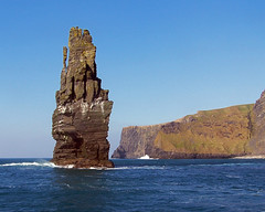 Cliffs of Moher (gordieryan) Tags: ireland sea rock clare cliffsofmoher monolith coclare top20ireland