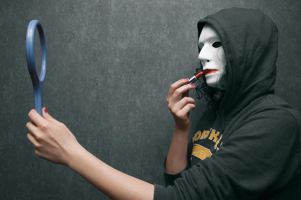 White mask #2