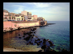 Ortigia View (! .  Angela Lobefaro . !) Tags: trip travel vacation sky italy nature topv111 interestingness interesting topv333 italia quality patterns gimp himmel f10 topv222 explore nubes 100views linux sicily 300views 200views palermo frontpage ubuntu 200v topf10 topf15 topv100 sicilia siracusa allrightsreserved italians ortigia 2007 topv200 isola outstanding f15 v200 kubuntu marenostrum topf5 510faves 15f 1025faves digikam topv300 marmediterraneo supershot x500 someonelovesthisshot i500 cesvi flickrsbest bestphotosonflickr abigfave supershots bestpicturesonflickr holidaysvacanzeurlaub angiereal wowiekazowie maremediterraneum 1outof1000 theunforgettablepictures 1outof500 noqualitynocry maxgreco angelalobefaro angelamlobefaro wwwcesviorg angelamarialobefaro massimilianogreco