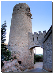 Watchtower (. SantiMB .) Tags: barcelona panorama espaa spain torre pirates panoramic medieval gaud catalunya garraf atalaya piratas watchtower vigilancia talaia anawesomeshot travelerphotos goldenphotographer diamondclassphotographer flickrdiamond guaita bicri510005716