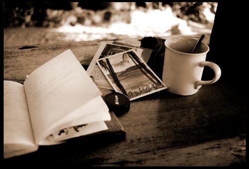 กาแฟกับโปสการ์ดและความคิด(ถึง)