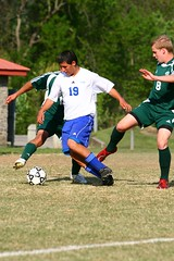 Colonels vs. Vikings soccer (the_sinks2) Tags: copyright boys canon is football soccer  highschool varsity roanoke northside l 70200 f28 allrightsreserved riversedge imagestabilizer lglass colonelsvsvikings flemingvsnorthside michaelsinkphotography ef70200f28isl