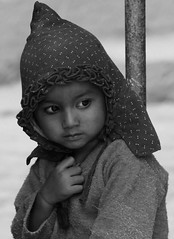 Bhaktapur, 2006.10.18. (palko72) Tags: nepal portrait blackandwhite bw children 2006 childrenportraits travelportraits