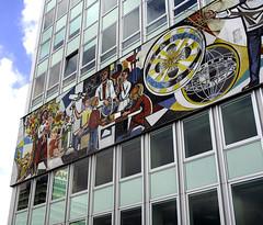 Mural, Berlin (C) 2006
