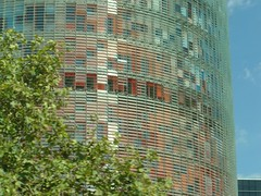 dsc04897 (Martin Vidner) Tags: barcelona skyscraper torreagbar mrakodrap