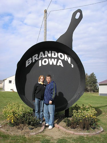 The Big Stuff Project Iowa S Largest Frying Pan