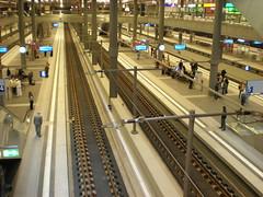 Berlin Hauptbahnhof (Tomomi Sasaki) Tags: berlin germany hauptbahnhof
