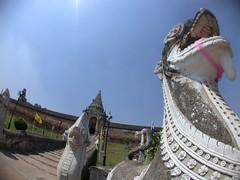 วัดพระธาตุลำปางหลวง , Wat Phra That Lampang Luang (Teelek) Tags: thailand temple nikon fisheye wat siam coolpix995 teelek วัด ประเทศไทย สยาม lumpang วัดพระธาตุลำปางหลวง