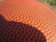 I LoVe THiS GaMe (RoOoOo!!!) Tags: macro textura basketball basket sombra deporte canasta juego naranja baloncesto balon