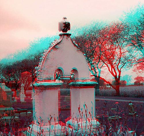 Eerie Tombstone (3D)
