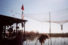 (.L.) Tags: venice abandoned river fiume olympusxa2 venezia analogic piave jesolo trevision