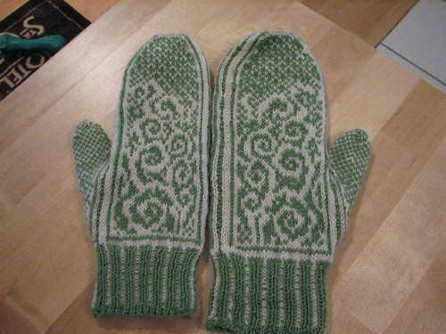 little mitten, big mitten