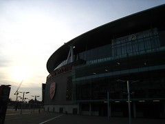 Emirates Stadium (Samwo) Tags: london clock highbury arsenal emiratesstadium clockend