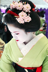I C H I M A M E: Ume Kanzashi (mboogiedown) Tags: travel beauty smile japan asian japanese interestingness kyoto asia tea traditional culture plum explore maiko geiko geisha laughter kimono obi teaceremony tradition matcha ume kansai ocha baikasai hanamachi kanzashi kamishichiken supershot i500 ilovekyoto hanakanzashi discoverkyoto ichimame ichiteru