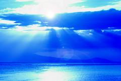 amazing grace (DocTony Photography) Tags: ocean sunset sea water bay bravo philippines interestingness11 interestingness5 explorefrontpage manla abigfave nikond80 superaplus aplusphoto doctony explore24march2007