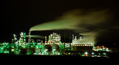 Irving Oil refinery (TheProgrammerAnalyst) Tags: canada industrial nightshot stjohn newbrunswick pollution oil excellent paintingwithlight irving bertrand refinery airpollution berube blueribbonwinner flickrsbest artlibre goldenphotographer bertrandberubeca citrit jeanpaulboudreauschoolofphotography