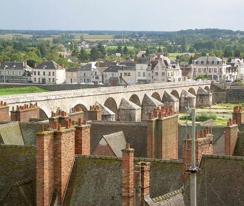 Toits et Ancien Pont - Gien