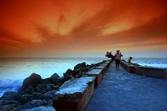 Cartagena sunset (RoryO'Bryen) Tags: cartagena cartagenadeindias colombia sunset sea people searchthebest awesomeshot abigfave flickrsbest aplusphoto superaplus colombie kolumbien roryobryen roarsthelion fiveflickrfavs canon eos5d anawesomeshot amricalatina latinamerica southamerica amricadelsur amriquedusud sudamrica travel viaje voyage a1f1 rory obryen stunning flickrestrellas copyrightroryobryen amriquelatine travels latinoamrica beautiful hermosa hermoso americas interesting