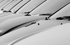 774 (saul gm) Tags: bw cars bn diagonal repetition coches repetición explore14 saulgm ltytr1