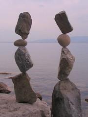 Rockbalance (Heiko Brinkmann) Tags: sculpture nature water germany deutschland rocks stones balance bodensee balancing rockbalancing lakeconstance rockbalance beautyinlife pebblebalancing
