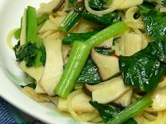 小松菜とエリンギのペペロンチーノ