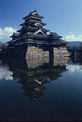 JAPAN (BoazImages) Tags: winter sky lake castle beautiful topv111 japan architecture scenery matsumoto nagano  matsumotojo