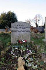 Sylvia Plath's Grave (Richard Carter) Tags: uk church poetry poet gravestones westyorkshire sylviaplath heptonstall calderdale