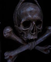 nice package (Dalmatica) Tags: death skull croatia wrapped eerie altar bones dying scratched zadar trigger smrt hrvatska dalmatia dalmacija chatedral nicepackage dalmatica stanastasia svetastosija marianatomas ©marianatomas