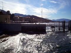 Giornata di vento a Luino (andre_S) Tags: italien windyday lombardia lagomaggiore luino lombardy lakemaggiore windig langensee lomabardei giornatadivento