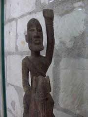 Cavaliers africains 008 (Guillaume Cingal) Tags: africa wood horses sculpture art mali tours bois chevaux cameroun afrique cavaliers touraine baoulé